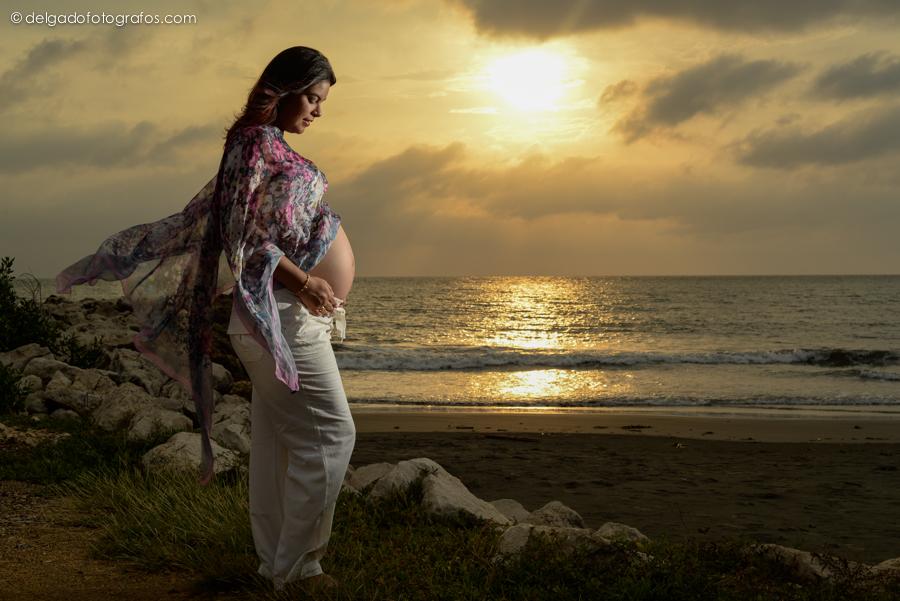 Delgado Fotógrafos Fotografia de embarazo en Cartagena