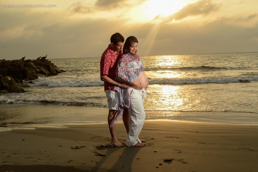 Romántica Fotografia de embarazo en Cartagena