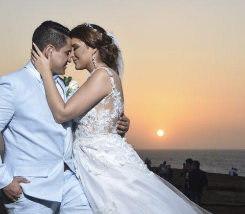 Atardecer caribeño en una boda en el Castillo de Salgar. Delgado Fotógrafos