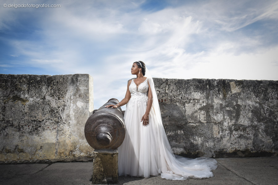 Bride portrait on the walls of Cartagena.