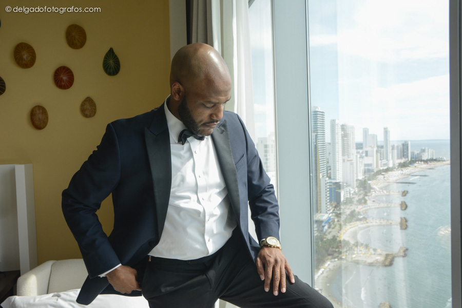 Portrait of the groom at the Hyatt Cartagena Hotel.